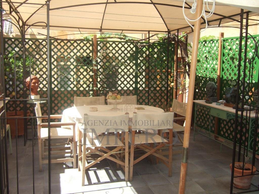 Appartamento in ottime condizioni in vendita Rif. 7943289