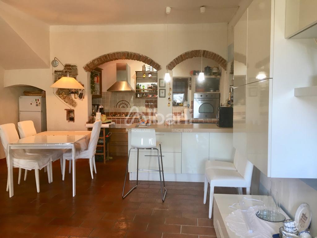 Appartamento a Vezzano Basso, Vezzano Ligure