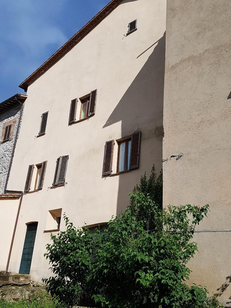 Semindipendente - Terratetto a Montecastrilli