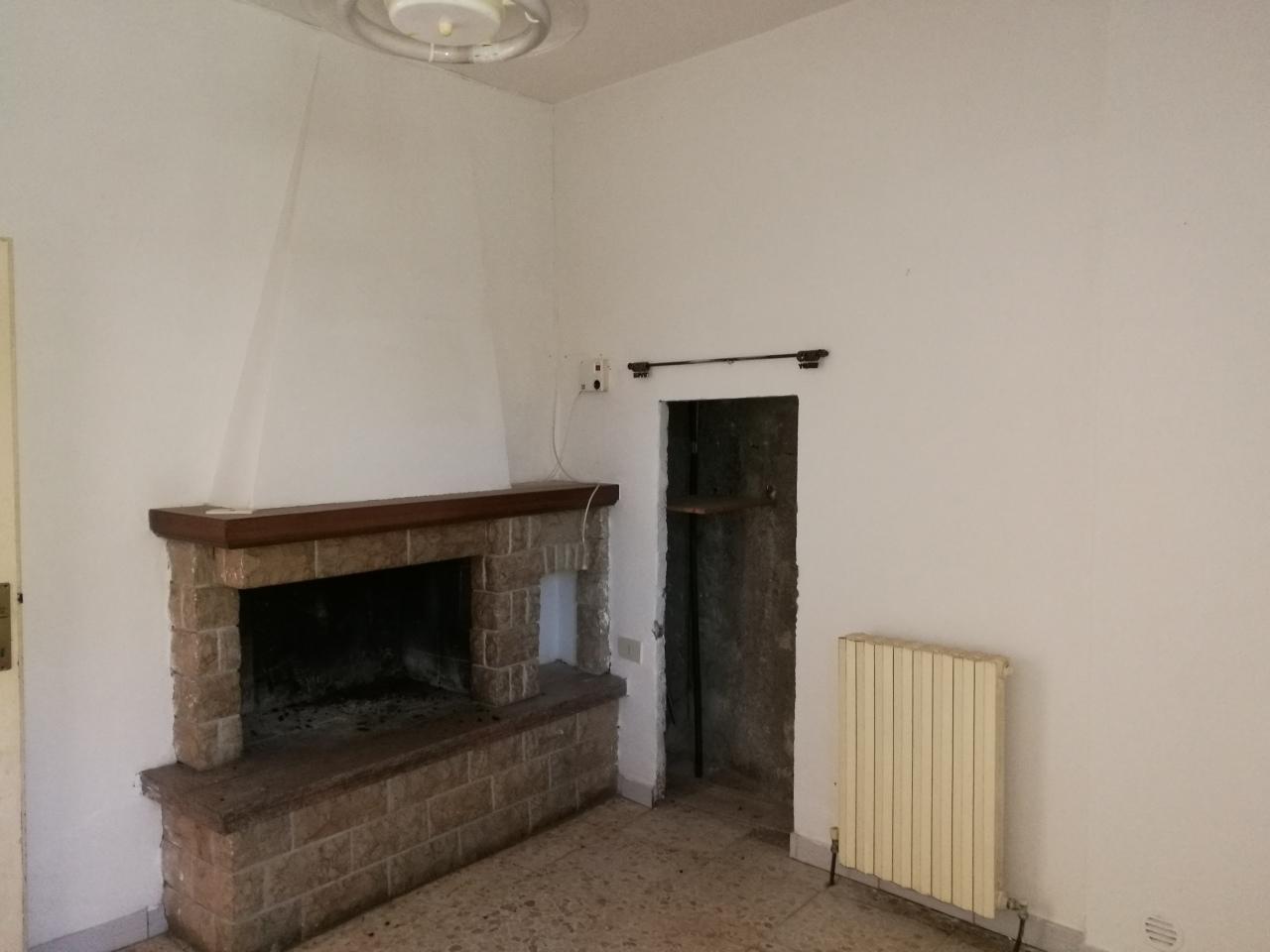 Casa Indipendente da ristrutturare in vendita Rif. 9910668