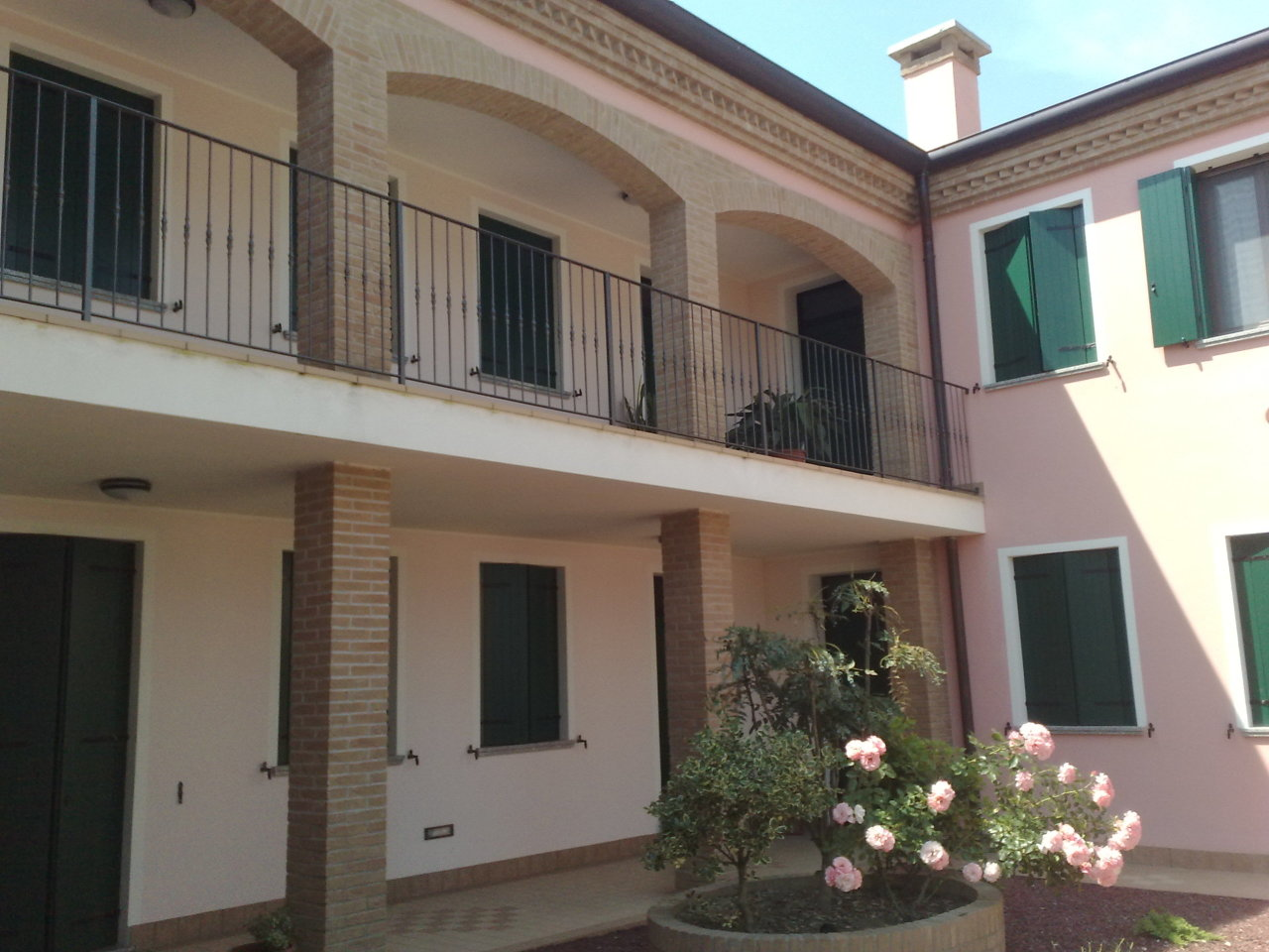 Appartamento in vendita a Pontecchio Polesine, 5 locali, prezzo € 85.000 | CambioCasa.it