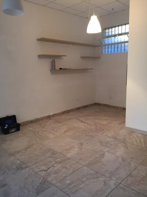 Locale commerciale - 1 Vetrina a Rovigo