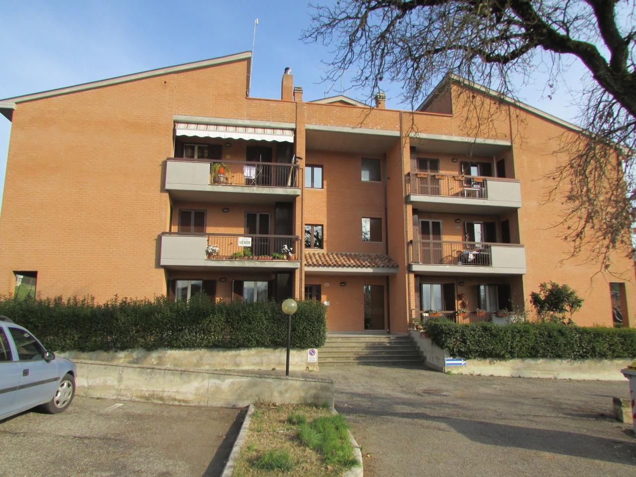 Appartamento in ottime condizioni in vendita Rif. 5469830