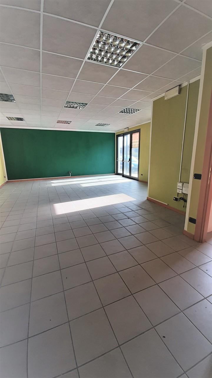 Negozio / Locale in vendita a Paitone, 2 locali, prezzo € 68.000   PortaleAgenzieImmobiliari.it