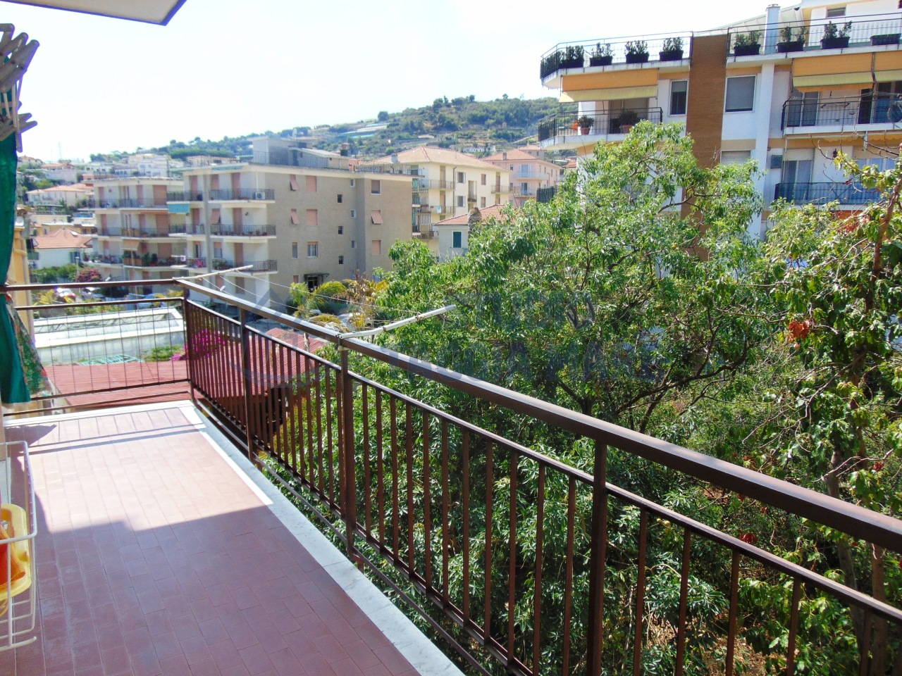 Appartamento in vendita a Taggia, 2 locali, prezzo € 120.000 | CambioCasa.it
