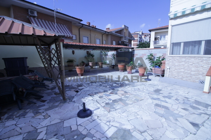 Casa Indipendente in ottime condizioni in vendita Rif. 11281902