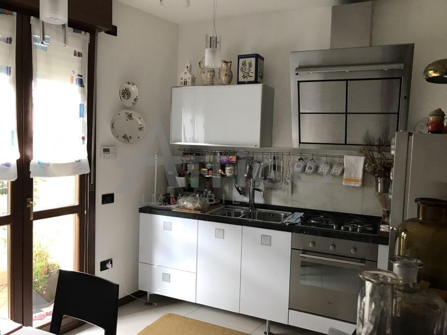 Appartamento in vendita a Rovigo, 5 locali, prezzo € 155.000 | PortaleAgenzieImmobiliari.it
