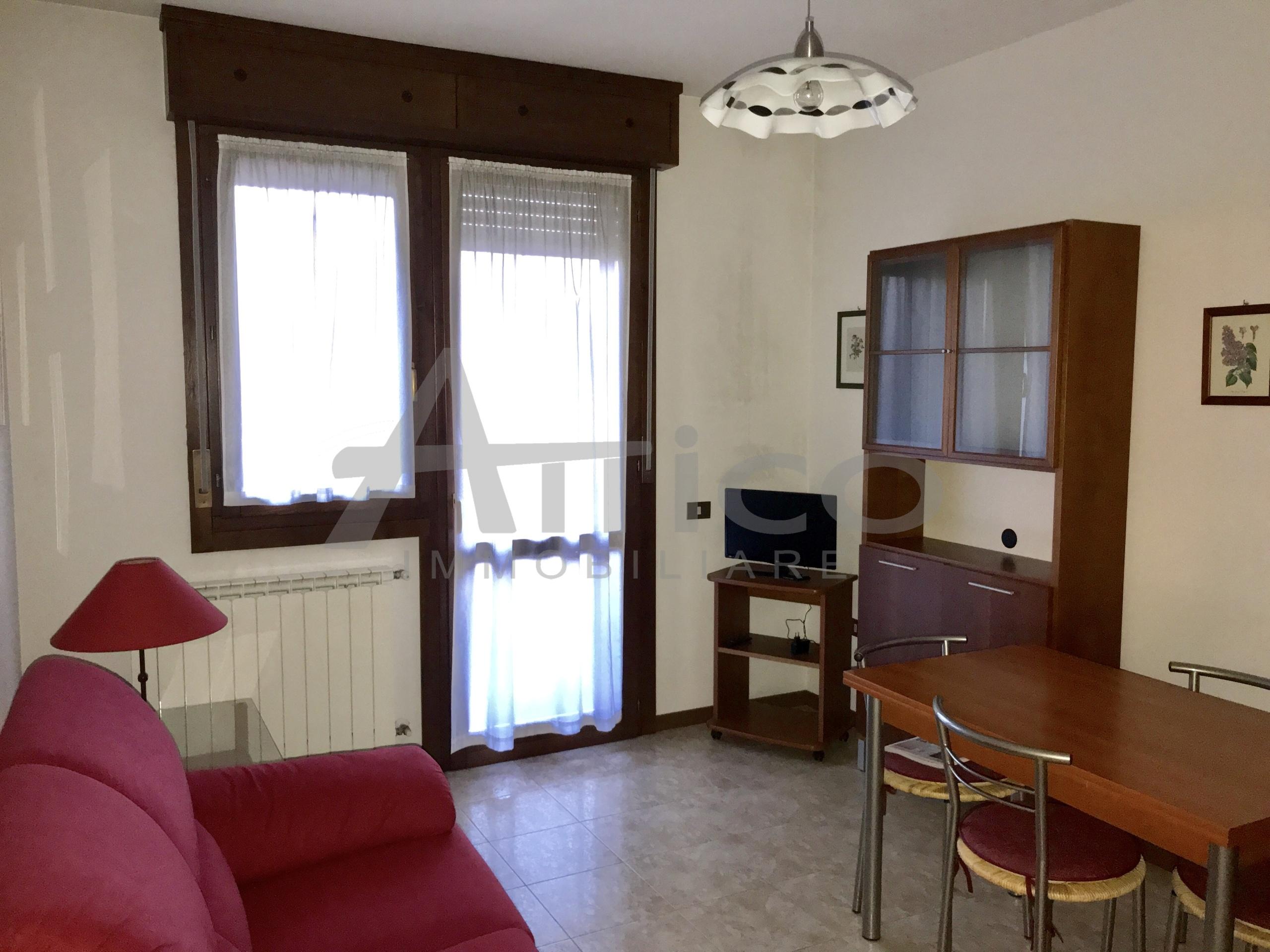 Armadio A Muro Rovigo.Codice A1392 Appartamento Bilocale Vendita A Rovigo Tassina
