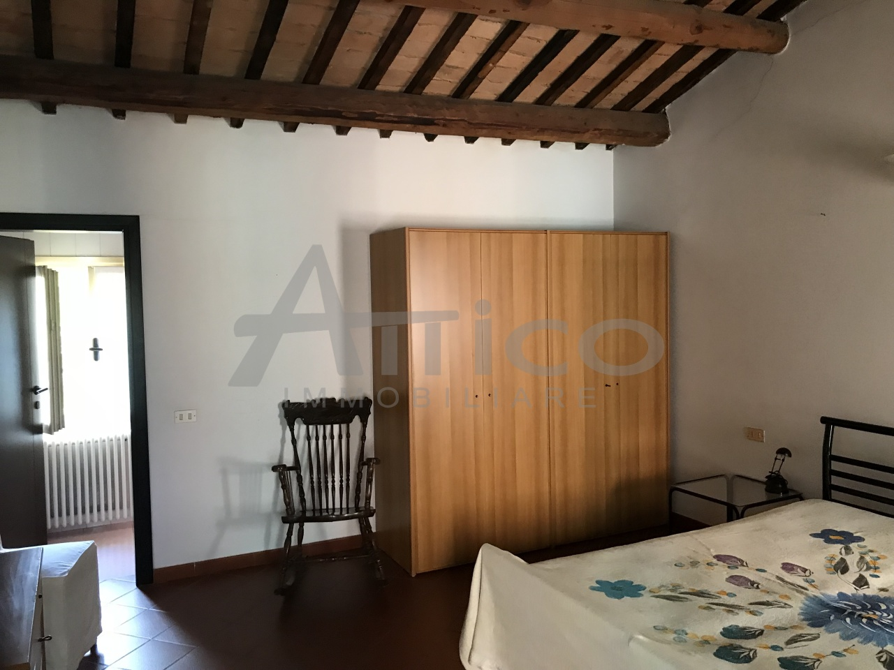 Attico / Mansarda in buone condizioni arredato in vendita Rif. 7240359