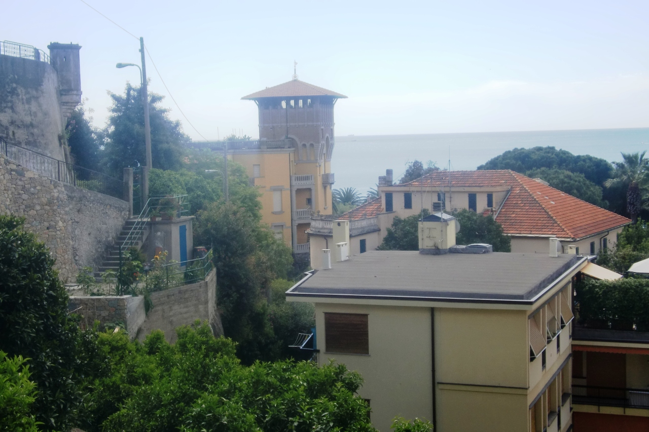Appartamento in affitto a Finale Ligure, 5 locali, Trattative riservate | PortaleAgenzieImmobiliari.it