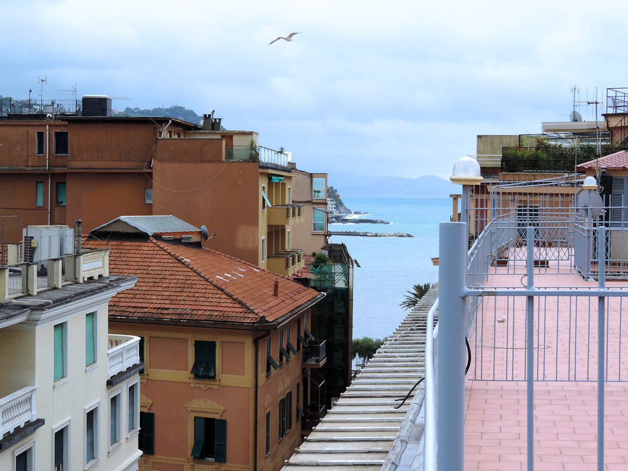 Attico / Mansarda in vendita a Rapallo, 5 locali, prezzo € 290.000 | PortaleAgenzieImmobiliari.it