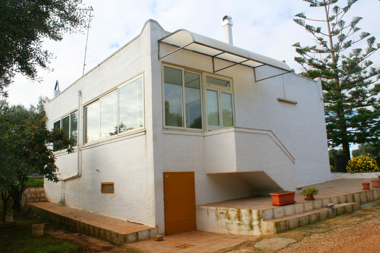 Villa in buone condizioni in vendita Rif. 8859197