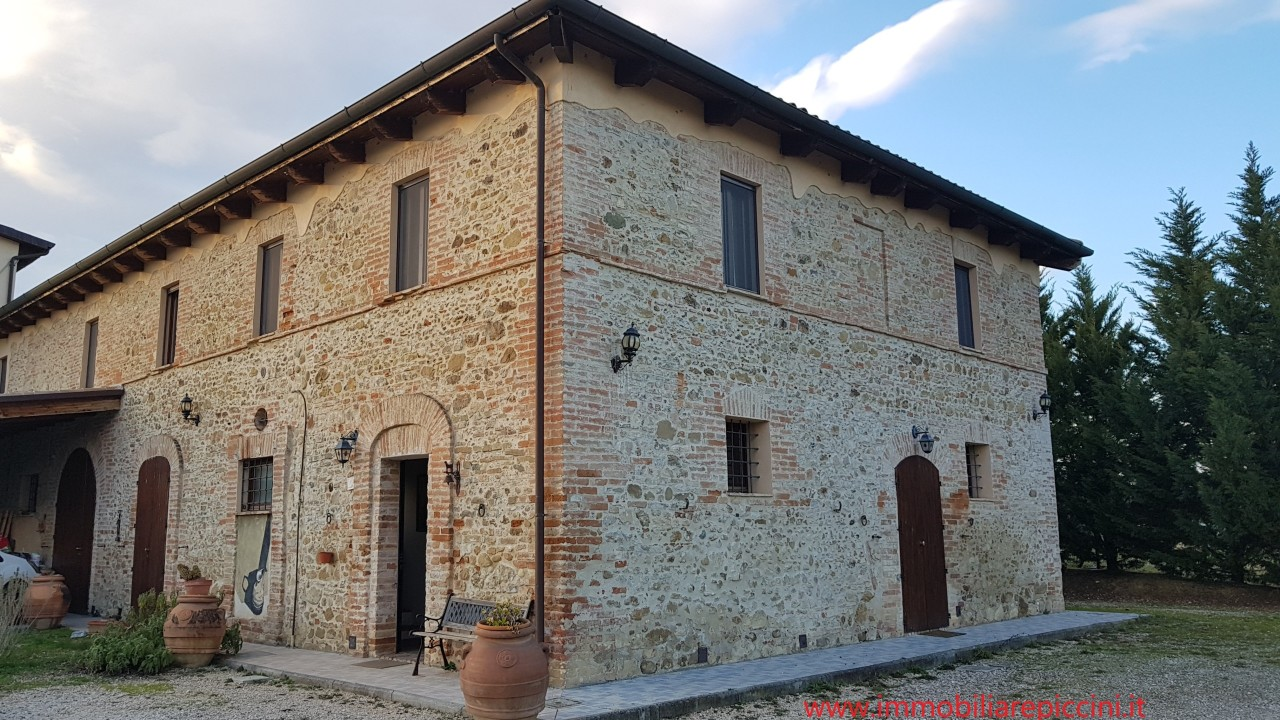 Indipendente - Casale a Papiano, Marsciano