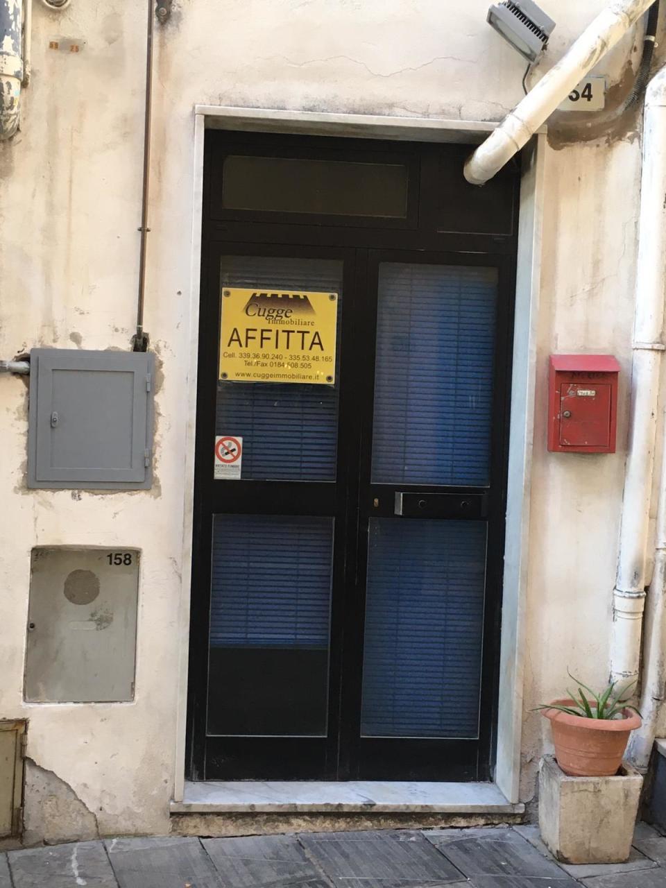 Attività / Licenza in affitto a SanRemo, 9999 locali, prezzo € 1.000   PortaleAgenzieImmobiliari.it