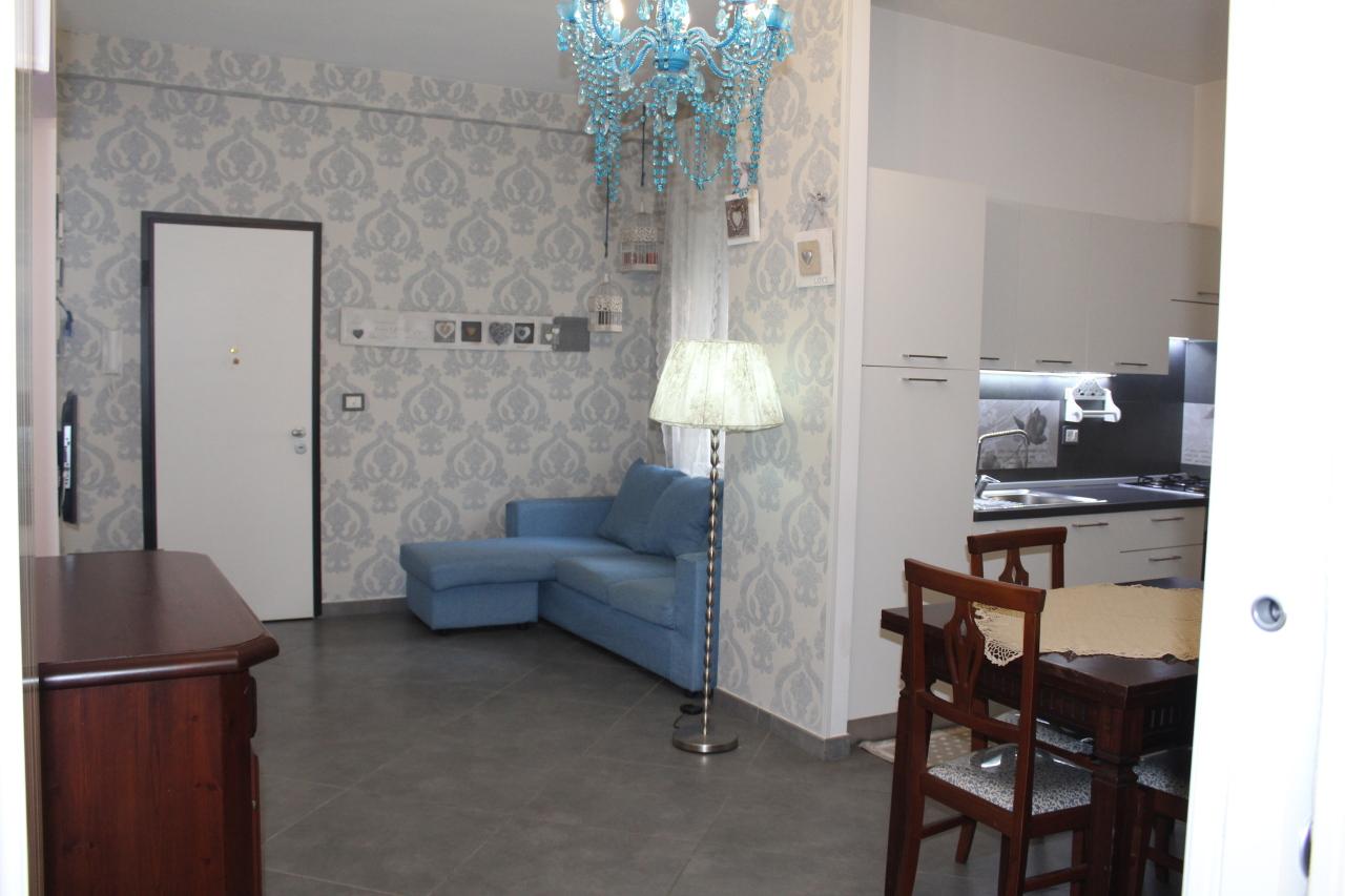 Appartamento in buone condizioni in vendita Rif. 8407347