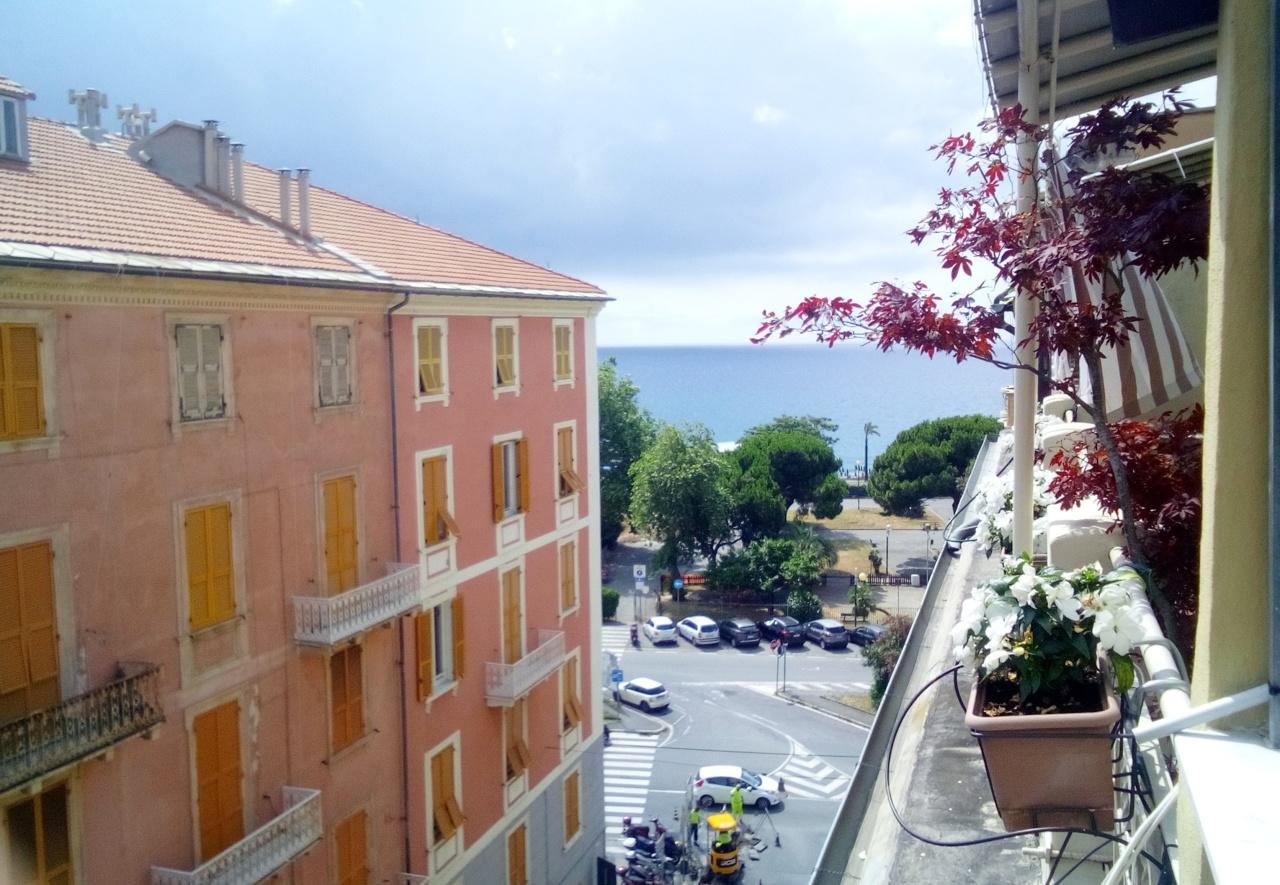 Appartamento in vendita a Savona, 4 locali, prezzo € 185.000   PortaleAgenzieImmobiliari.it
