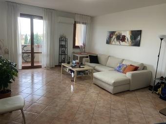 Rif.(312) - Appartamento, Prato  -  Fontanelle ...