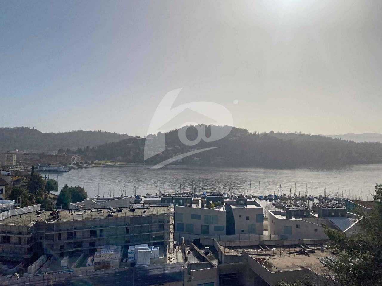Appartamento in vendita a Laveno-Mombello, 5 locali, prezzo € 180.000 | PortaleAgenzieImmobiliari.it