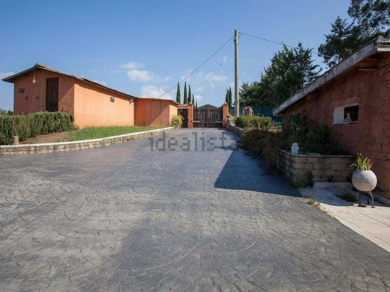 Casa Indipendente in buone condizioni in vendita Rif. 11487332