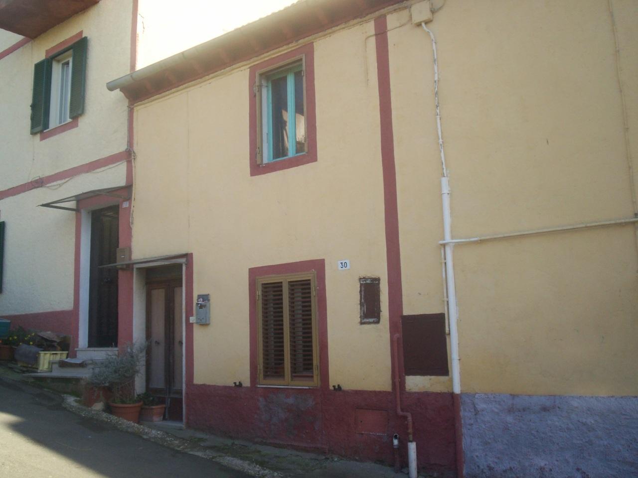 Appartamento - Cielo-terra indipendente a Alviano