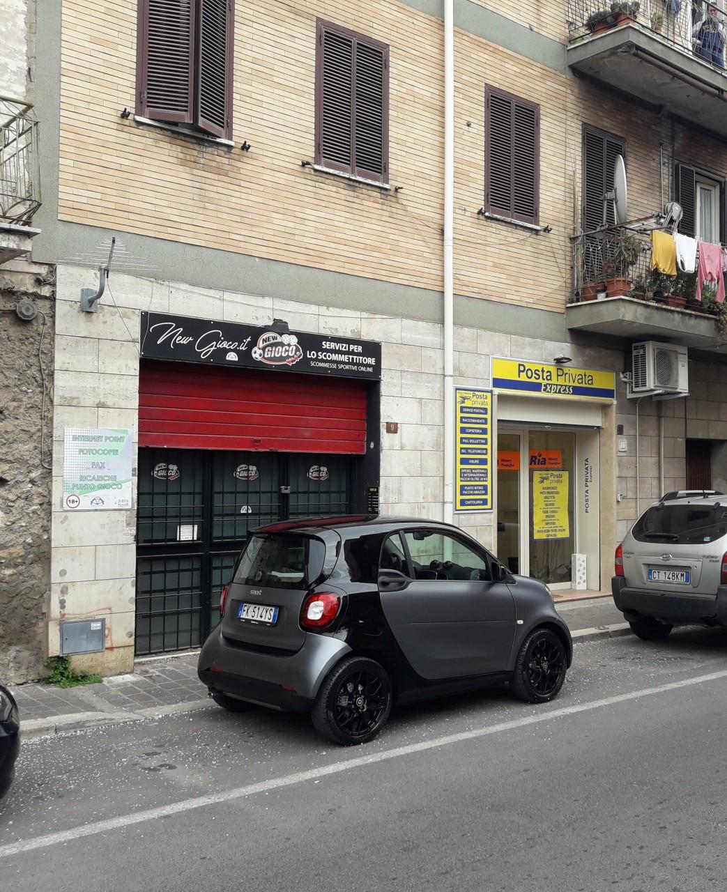 Locale commerciale - 1 Vetrina a Marcellina Rif. 11093508
