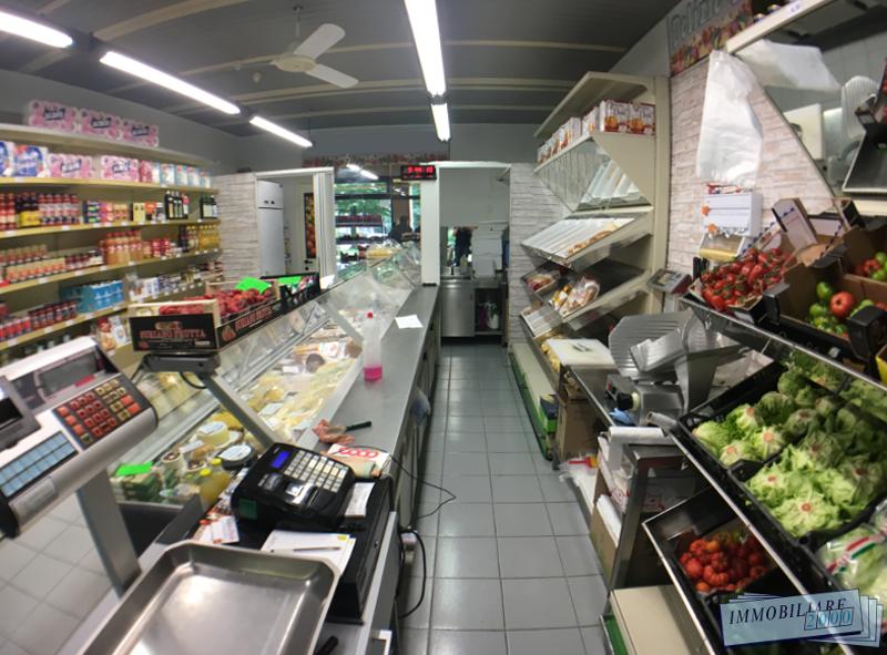 Vendita attività commerciali Bologna