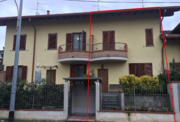 Porzione di casa in buone condizioni in vendita Rif. 10380878