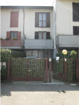 Villetta a schiera in buone condizioni in vendita Rif. 10906701