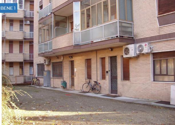 Capannone / Fondo - Laboratorio a Valenza Rif. 9707144
