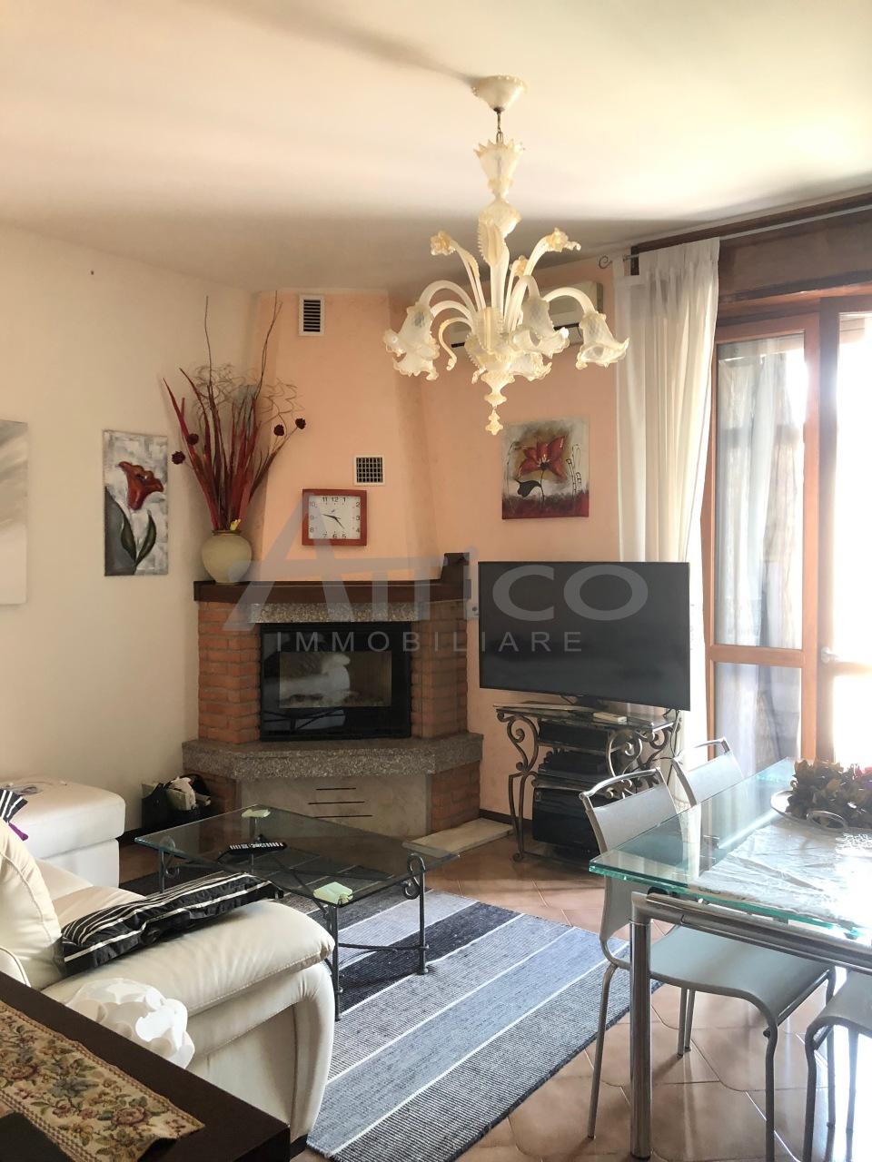 Appartamento - Quadrilocale a Commenda Ovest, Rovigo