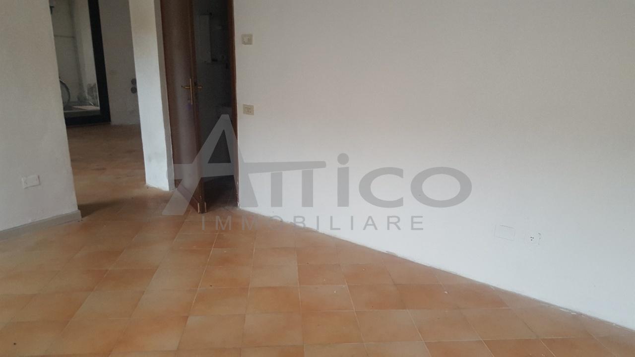 Locale commerciale - 2 Vetrine a Rovigo Rif. 5362181