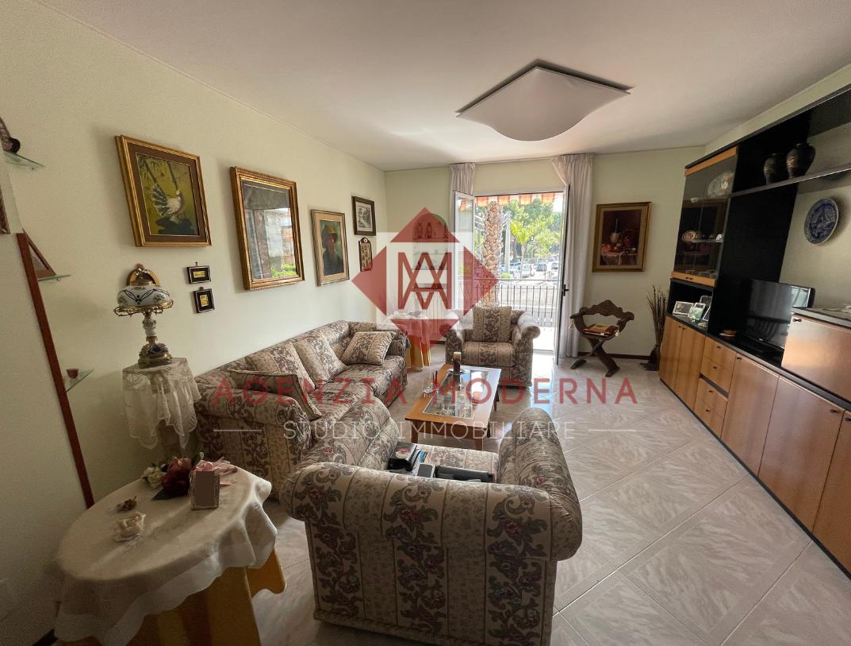 Appartamento in vendita a Bordighera, 6 locali, prezzo € 385.000   PortaleAgenzieImmobiliari.it