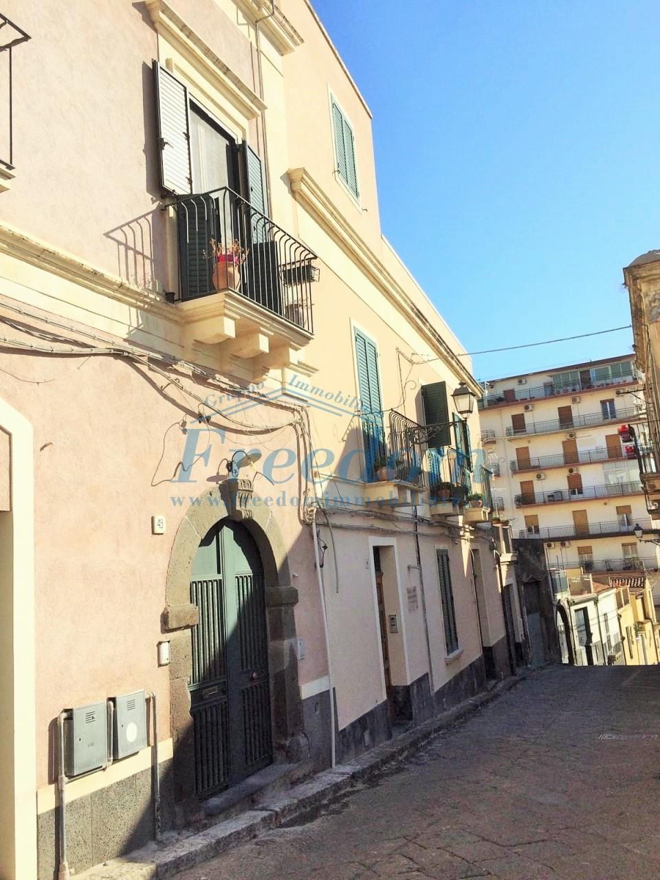 Appartamento in vendita a Acireale, 3 locali, prezzo € 107.000 | PortaleAgenzieImmobiliari.it