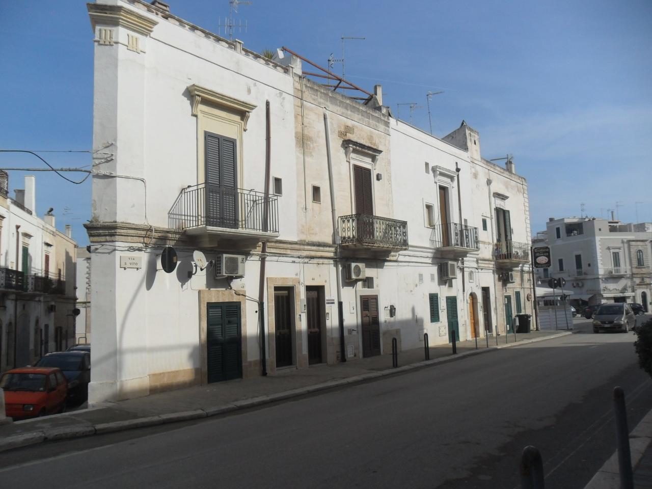 Casa Indipendente in buone condizioni in vendita Rif. 9552373