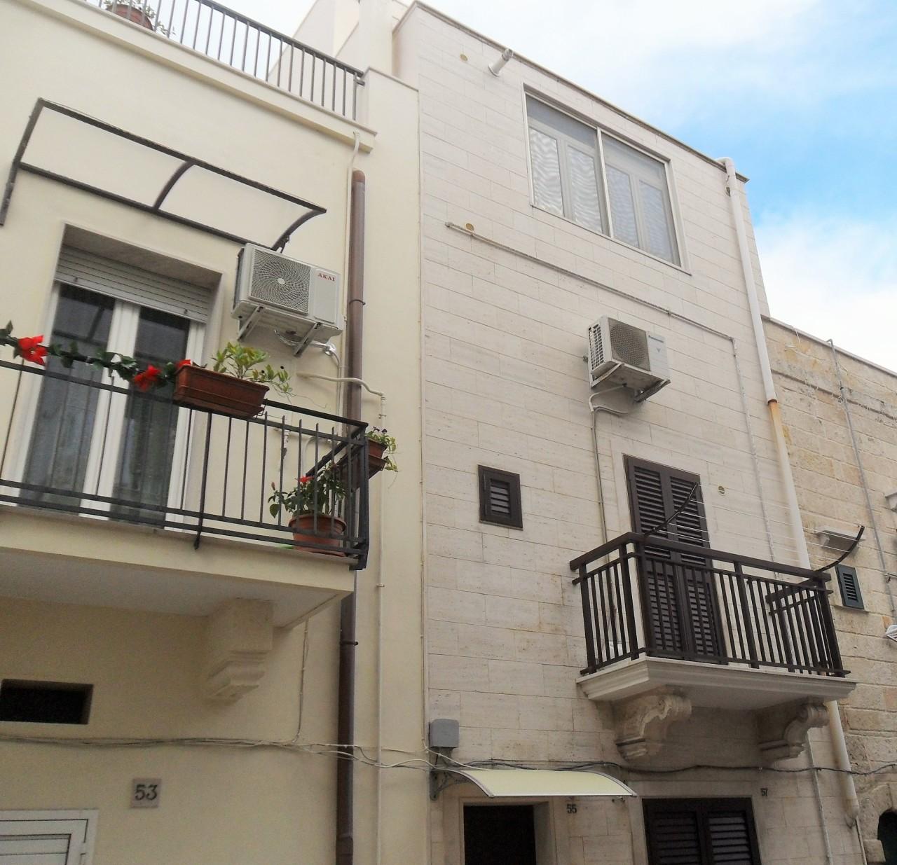 Casa Indipendente in buone condizioni in vendita Rif. 8813837