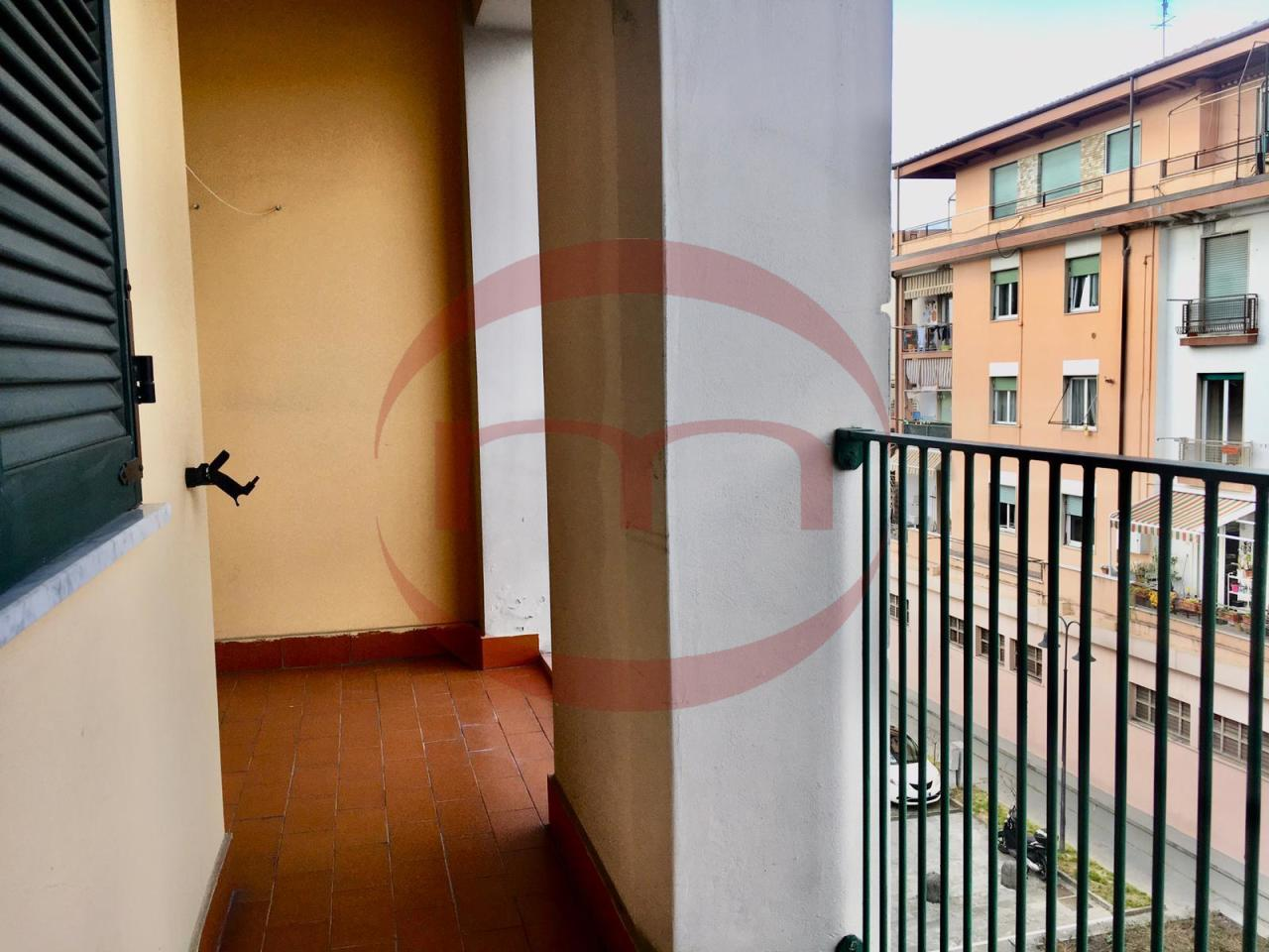 Appartamento in vendita a Sarzana, 4 locali, prezzo € 150.000 | PortaleAgenzieImmobiliari.it