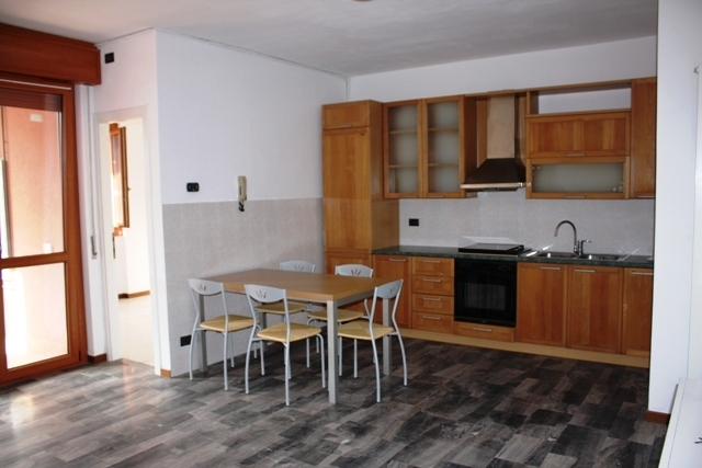 Appartamento in buone condizioni in vendita Rif. 9787452