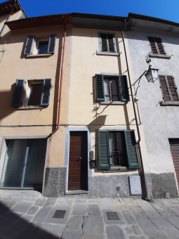 Rif.(3033) - Semindipendente, Arezzo