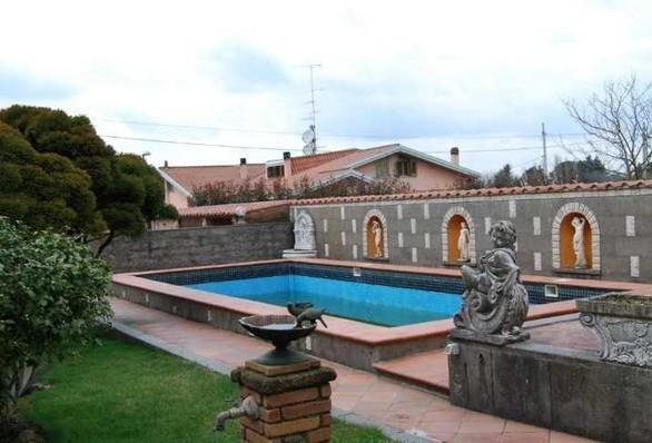 Villetta a schiera in ottime condizioni in vendita Rif. 6874688
