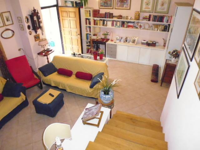 Casa Indipendente in ottime condizioni in vendita Rif. 10689562