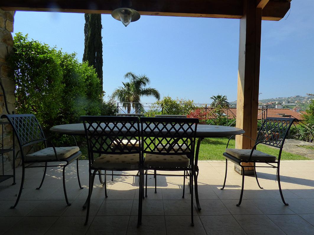Porzione di casa in ottime condizioni in vendita Rif. 9863714