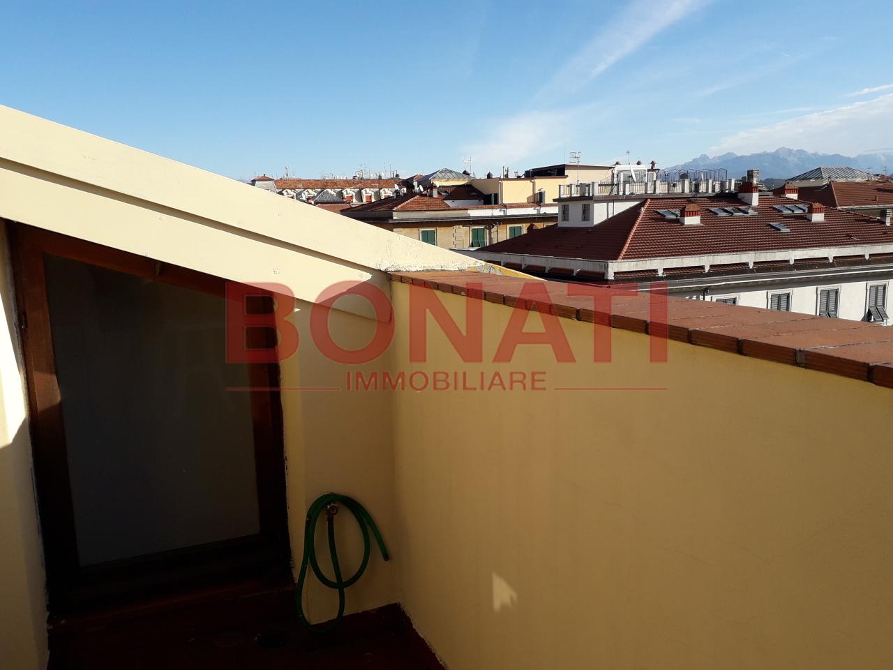 Attico / Mansarda arredato in affitto Rif. 8934602