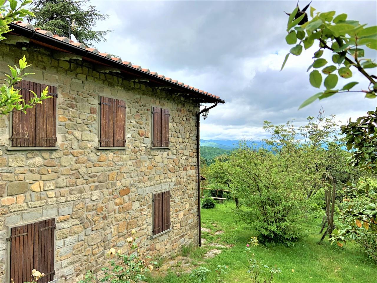 Rustico / Casale da ristrutturare in vendita Rif. 10404275