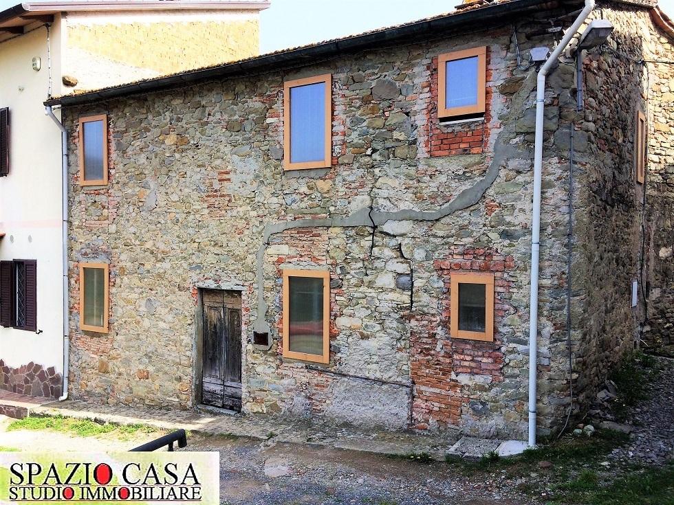 Casa Indipendente in discrete condizioni in vendita Rif. 10404310