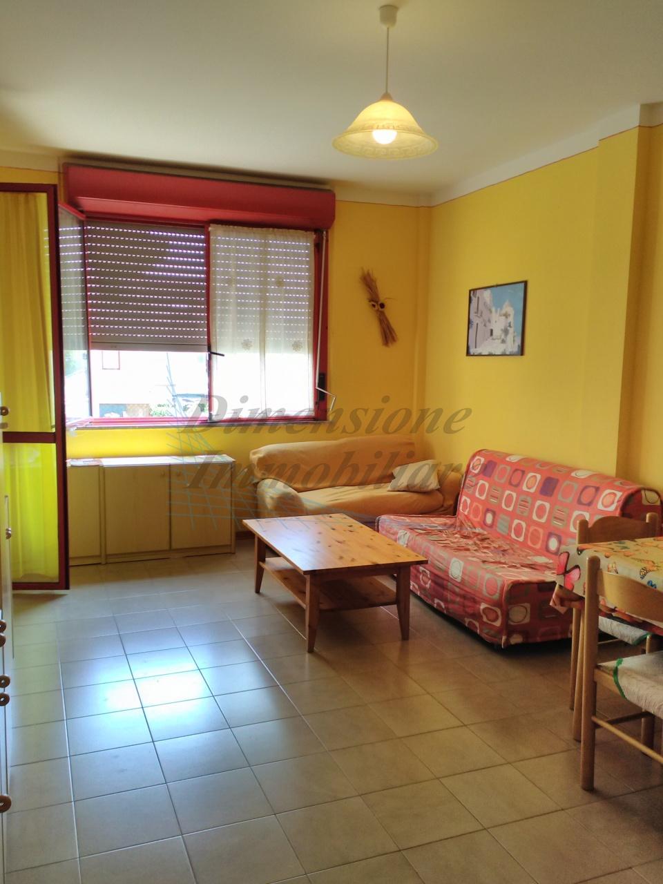 Appartamento arredato in vendita Rif. 9998356