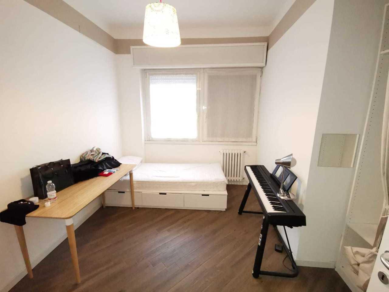 Appartamento in buone condizioni in affitto Rif. 9841477