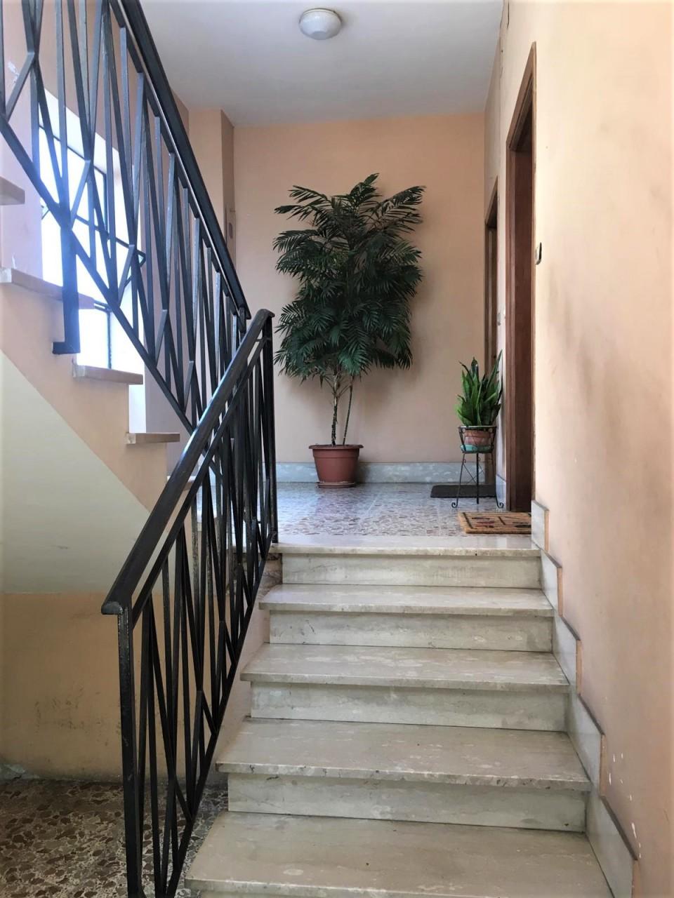 Appartamento in discrete condizioni in vendita Rif. 10763936
