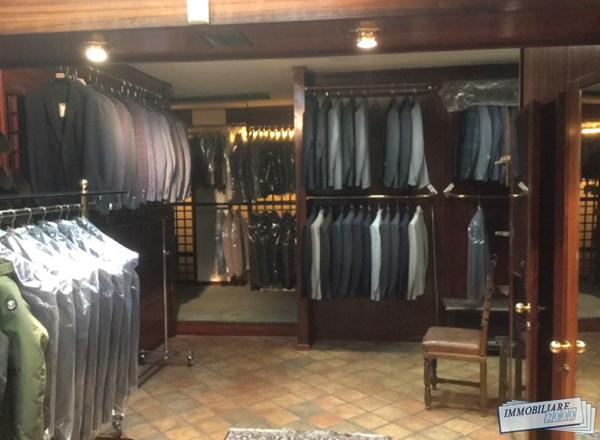Vendita attività commerciali - moda Bologna