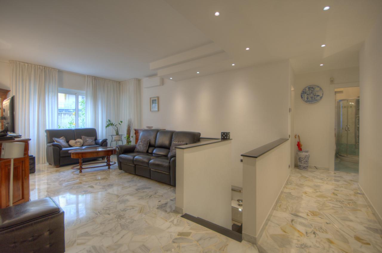 Appartamento in ottime condizioni in vendita Rif. 4168280