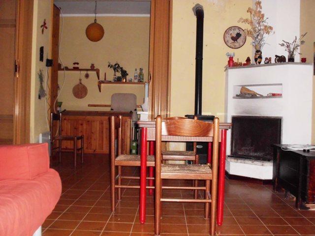 Appartamento in vendita a Urbe, 3 locali, prezzo € 65.000 | PortaleAgenzieImmobiliari.it